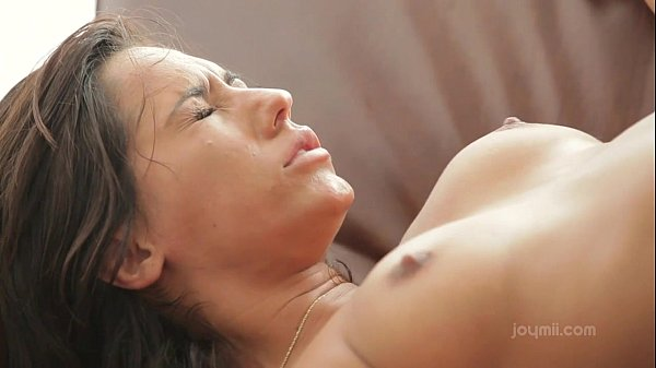 Hardcore passion gives her intense climax