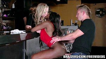 Brazzers - Ebony and ivory, anal threesome 7 min