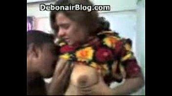 desi girls horny (desi orgy )