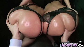 Wet Oiled Big Ass Girl Get Deep Nailed On Cam movie-14