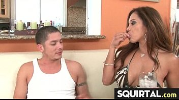 Missy pussy squirting lollipop t.