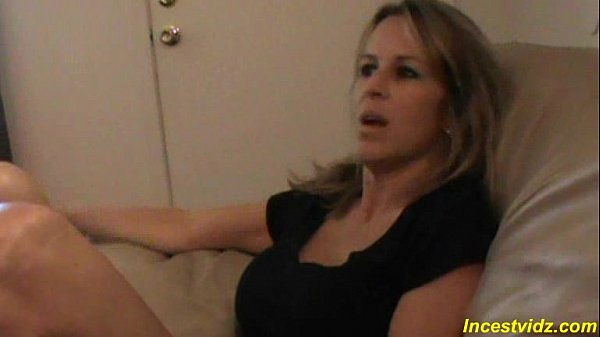 Son's r. Gianna Gets Her Ass Stretched