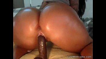 Big booty latina rides dildo on webcam