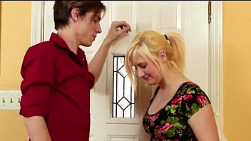 Fifi Foxx fucks her brother Aiden Valentine that she's in love with