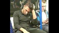 Jogador gostoso d. de mala dura no metro