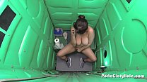 Porta GloryHole Chubby teen with lots of cocks in her mouth
