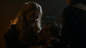 Alfie Allen sex & castration in Games of Thrones S03E07