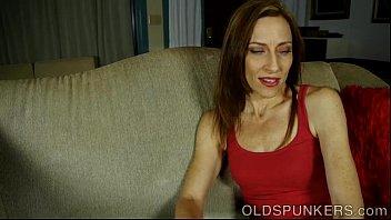 Super sexy old spunker talks dirty and has a nice wank