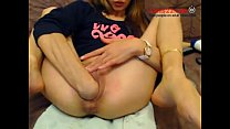 Horny teen fisting herself on webcam while chatting online