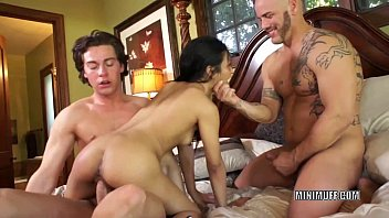 Filipina coed Sydnee Taylor gets fucked in a threesome