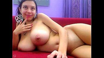 Big tits MILF wants you