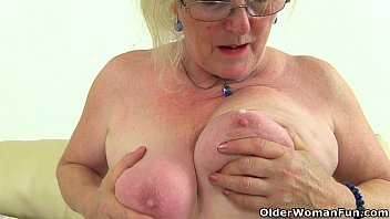 English granny Claire Knight needs that stuffed feeling 6 min