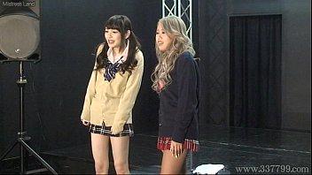 Japanese femdom Shuri Atomi and MIRANO makes slave cunnilingus