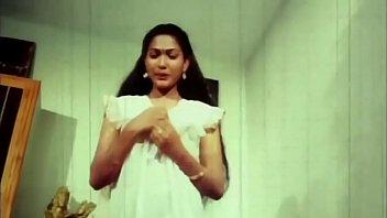 Telugu Hot Actress Hema aunty Romance in night dress earlydays