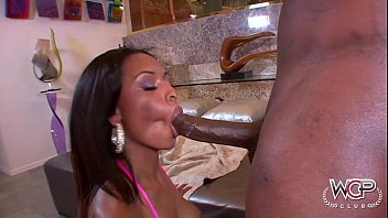 Oily Porsha Carrera Loves To Ride Big Ones