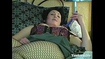 Sexy MILF Annie Masturbating