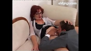 Upper class milf orders to a young man to fuck!