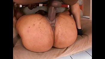 Hot ebony  chick  with amazing  shaped  pendulous  boobs