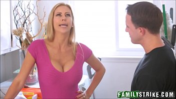 Fucking My Hot Step Mom Alexis Fawx