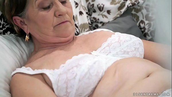 Old hairy pussy filled with young cock 6 min