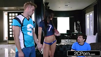 Jennifer White Cheats On Her BF With Stud