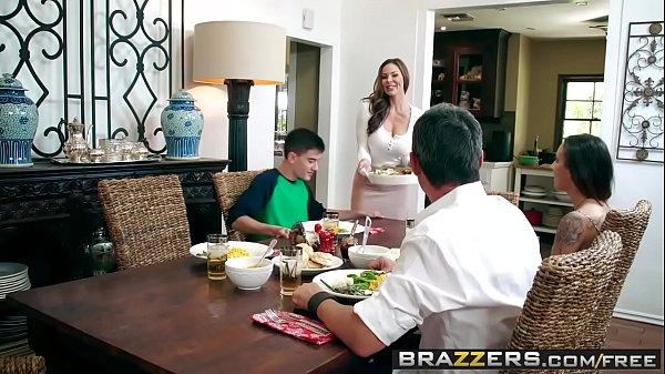 Brazzers - Milfs Like it Big - Kendras Thanksgiving Stuffing scene starring Kendra Lust and Jordi El 8 min