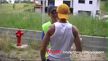 straight arab sucked by gay for money