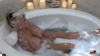 Hot MIlf in Bubble Bath - Sally D'angelo