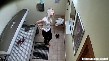 Blonde Teen Cought on Hidden Cam in Public Solarium