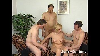 Grandma Hanne makes Group-Sex.0001