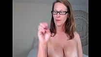 Sexy Curvy MILF Camgirl Jess Ryan