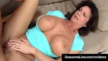 Texas Cougar Deauxma Blows & Gets Analized By Mafia Bookie!