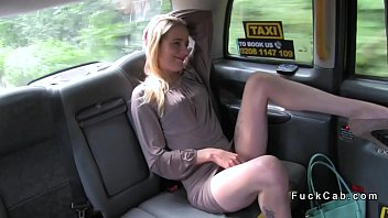 Skinny blonde fucks in cab for free ride