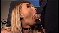 A hot blonde provokes Roberto Malone who's about to give her a hard lesson