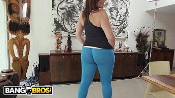 BANGBROS - Big Ass MILF Sara Jay Makes That Dick Spray