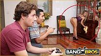 BANGBROS - Bathtime With MILF Stepmom Nicole Aniston & Tyler Nixon