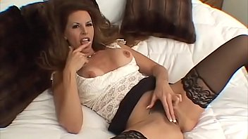 Milf want a nice good fuck -- will she get it