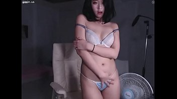Gorgeous Korean Teen with wonderful body teasing