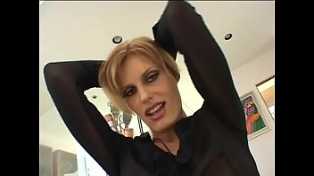 Gorgeous MILF Darryl Hanah  with shaved pussy gets her ass fucked