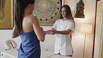 VivThomas - Alexa Tomas and Amirah Adara fingerbang each other