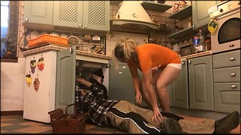 The horny wife is obstructed by the plumber