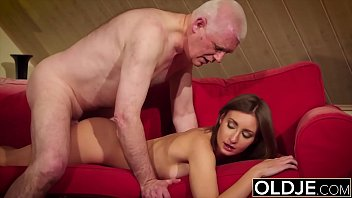 Old and y. gives grandpa hard erection then fucks him