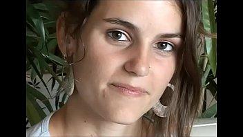 Virginie Delorme, magnifique débutante française en casting 8 min