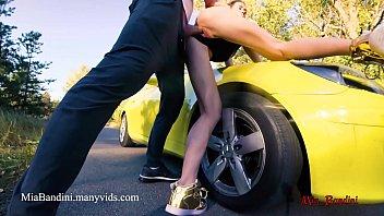 Public sex on car with fitness amateur couple. Mia Bandini