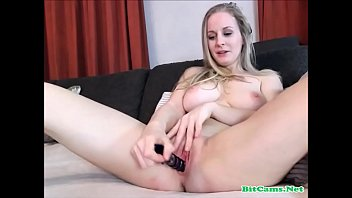 Sexy Blonde Teen Shaved Pussy