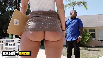 BANGBROS - Candice Dare Takes Anal From Big Dick Stud Rico Strong