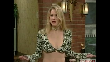 KELLY BUNDY Sextape Leaked - Married With Ch ildren -  Parody (Christina Applegate Deepfake)