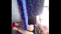 Upskirt en el transporte (minifalda)