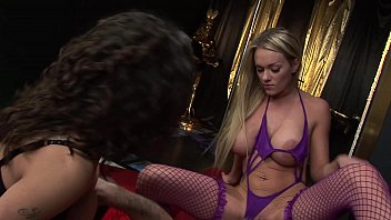 4K mature and MILF uses manslave-morefree www.suomipornoa.video