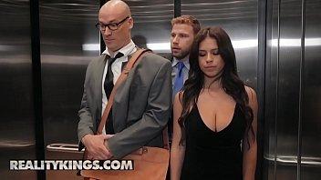 Sneaky Sex - (Sean Lawless, Autumn Falls) - Going Down - Reality Kings